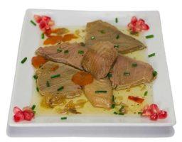 Solomillos de atún en salsa verde