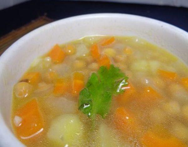 Sopa de chicharos secos