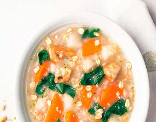 Sopa de avena y verduras
