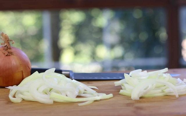 Sopa de apio cebolla y puerro