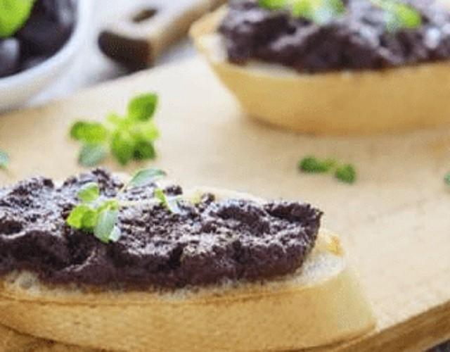 Paté de aceitunas negras