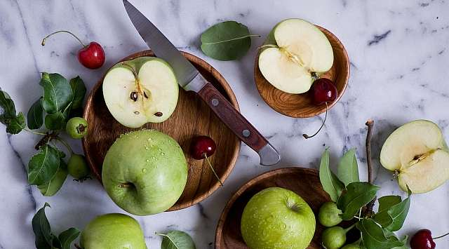 Ensalada de manzana verde con apio
