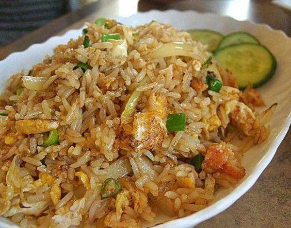 Arroz frito tailandés