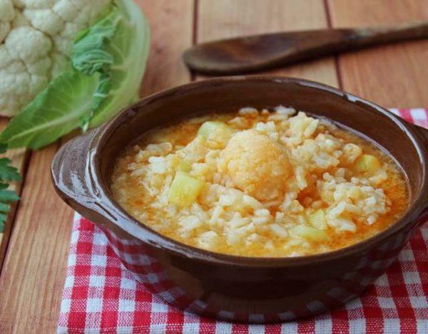 Sopa de Coliflor con Arroz