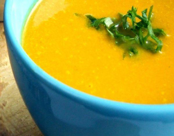 Sopa fría de zanahoria y naranja