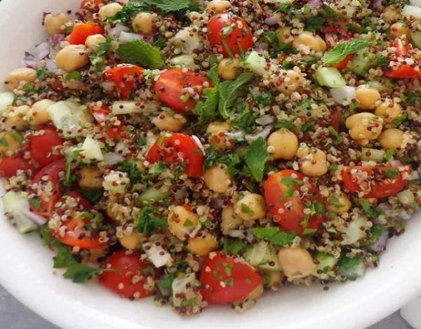 Tabulé con quinoa y garbanzos