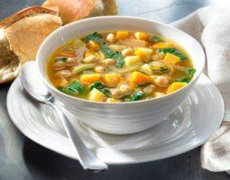 Receta de Sopa de garbanzos y vegetales