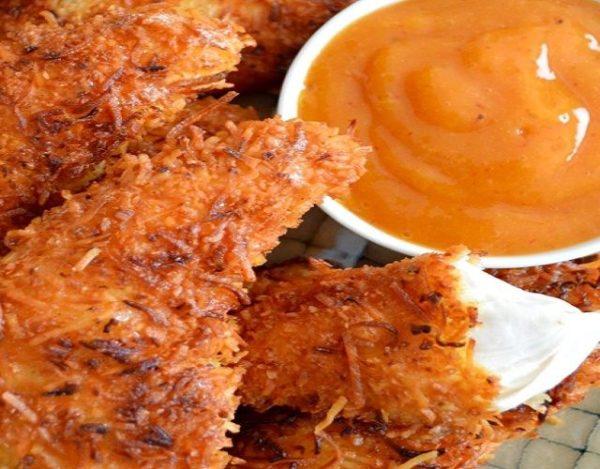 Fajitas de pollo empanizadas con salsa de mango