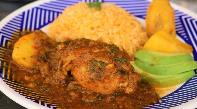 Estofado de Pollo a la Ecuatoriana
