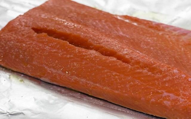 Salmón al horno con salsa de soja