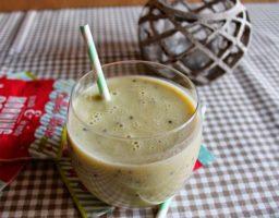 Smoothie de kiwi, plátano y jengibre