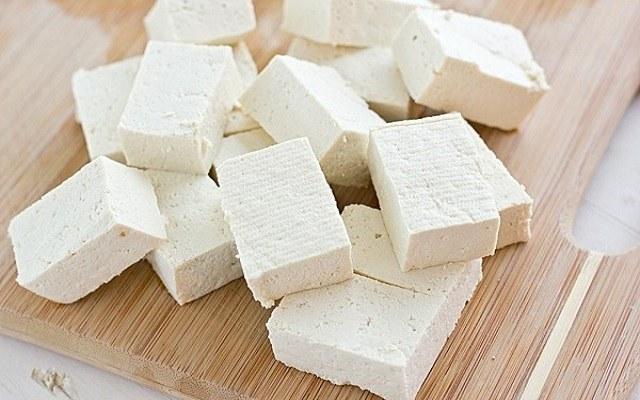Tofu con salsa picante