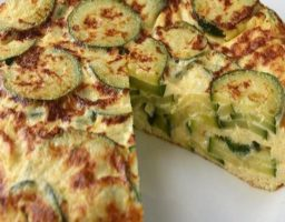 Tortilla de calabacín con queso