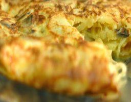 Tortilla de patatas con champiñones