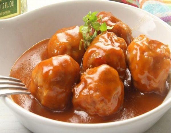 Albóndigas de pollo en salsa agridulce