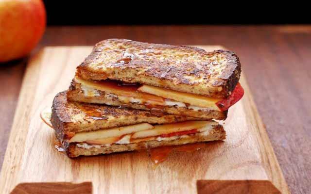 Tostadas francesas con queso