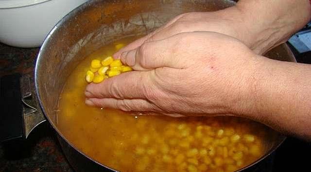 Tamales de maíz blanco