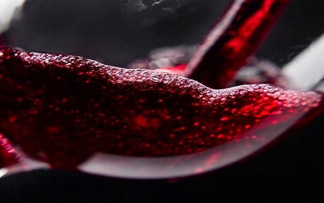 Albóndigas en salsa de vino tinto