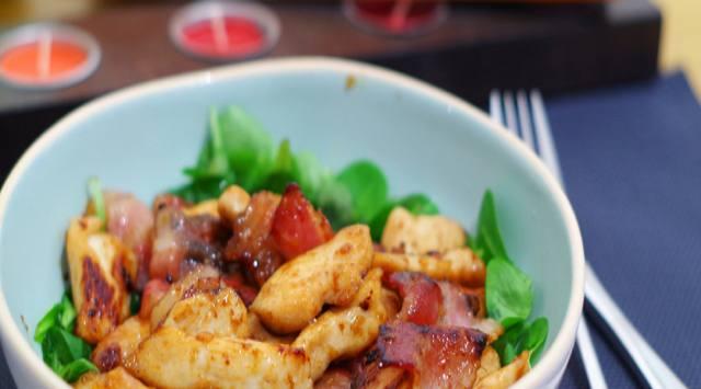 Ensalada Templada de Pollo y Bacon