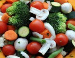 Ensalada de brócoli crudo